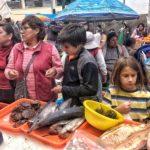 Shopping with Silvia and her sister during La Semana Santa